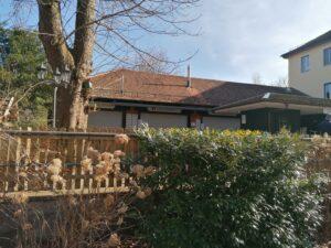 Der Ausschankbereich im Biergarten Hirschau