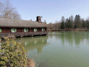 Der Biergarten Seehaus Hinterbrühl im Naturschutzgebiet
