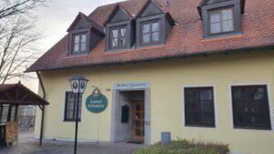 Der Gasthof Feringasee mit Biergarten Eingang